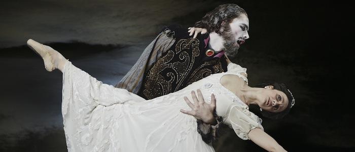 Texas Ballet Theater Dracula Carl Coomer Leticia Oliveira Steven Visneau